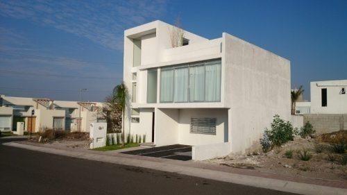 hermosa propiedad  con roof garden, 3 recamaras, principal c