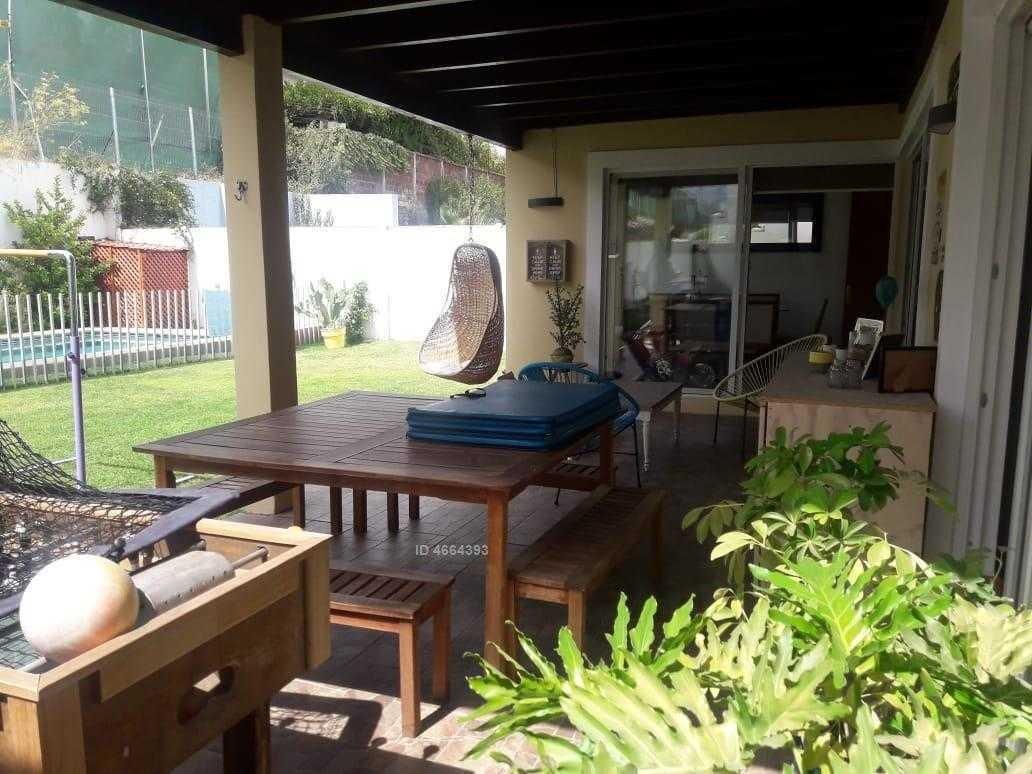 hermosa propiedad, impecable, piscina, en condominio!!!