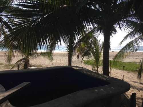 hermosa propiedad junto al mar zihuatanejo