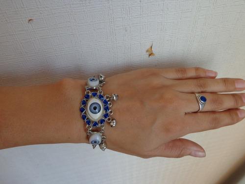 hermosa pulsera metal con ojos