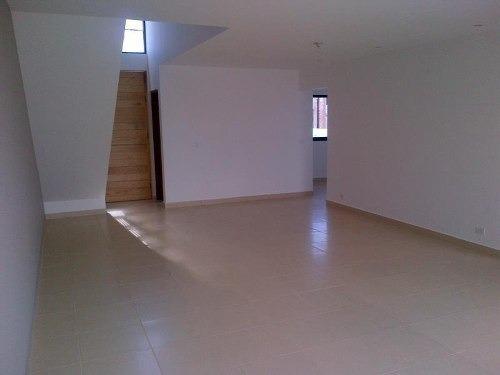 hermosa residencia! 3 pisos! casa con excelente calidad cons