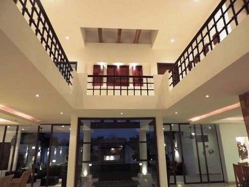 hermosa residencia con diseño único en temozon