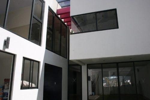hermosa residencia, diseño de autor.- casa ecológica, con ca
