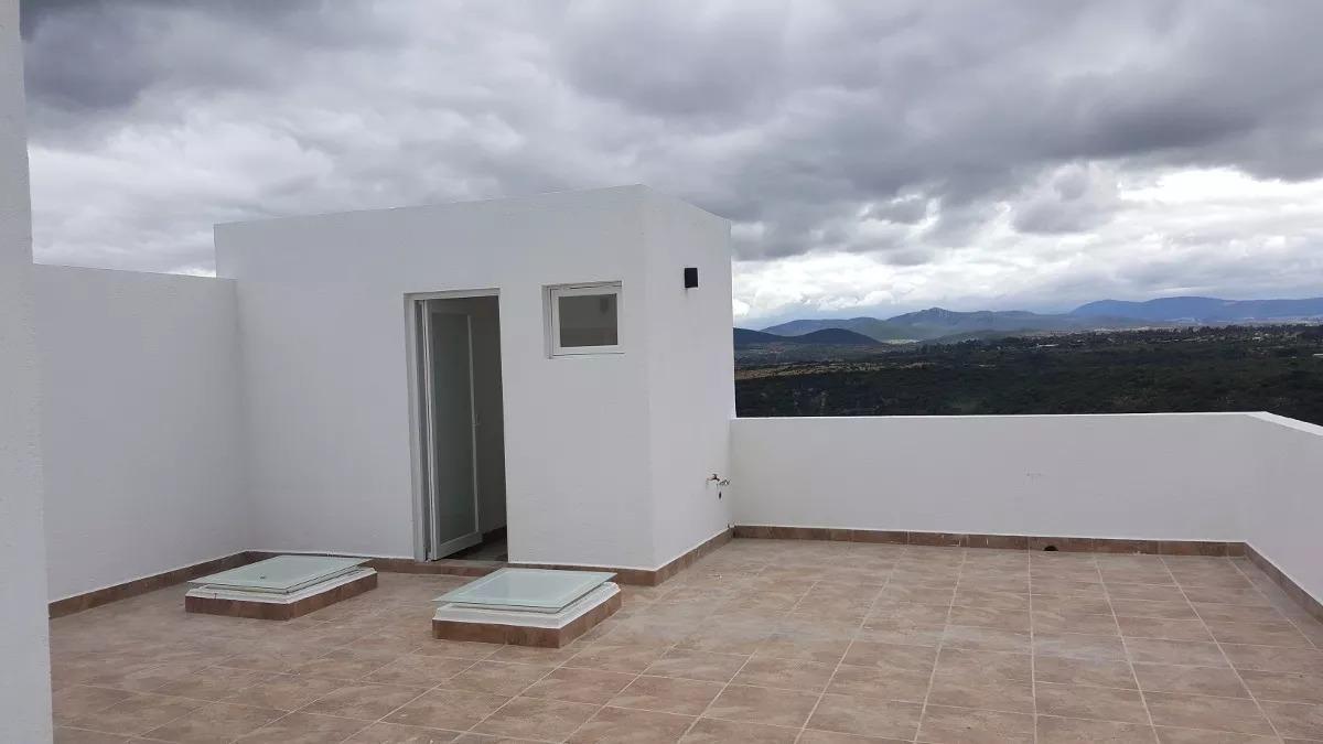 hermosa residencia en cañadas del lago, roof garden, 4 recámaras, 3 niveles