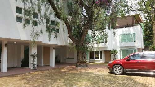 hermosa residencia en condominio