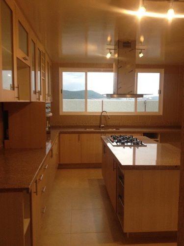 hermosa residencia en cumbres del lago, de autor, 3 recámaras, cochera, de lujo.