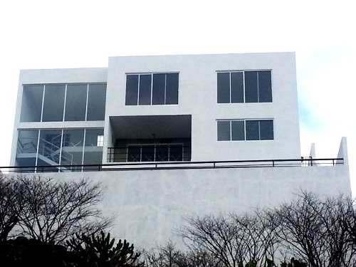 hermosa residencia en real de juriquilla con vista espectacu