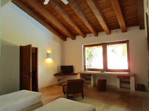 hermosa residencia en renta en palmira, cuernavaca morelos.