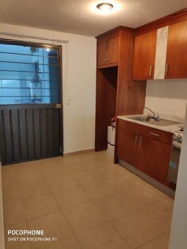 hermosa residencia en renta, excelentes acabados y muy buena ubicación.