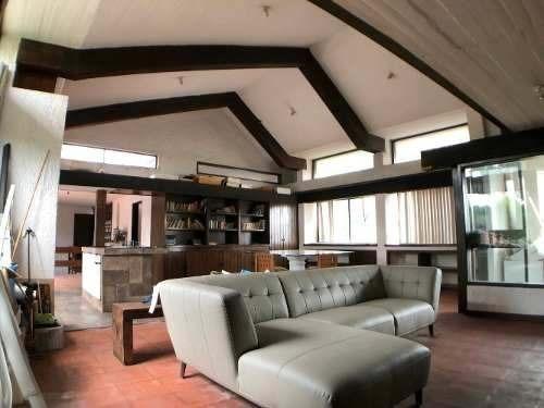 hermosa residencia en subida a chalma