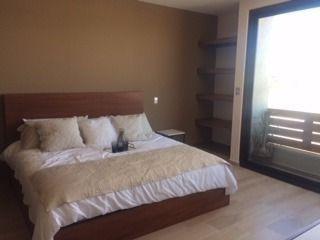 hermosa residencia en venta en zibata privada huizache qro. mex.