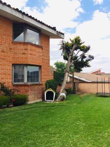hermosa residencia en venta loma de valle escondido