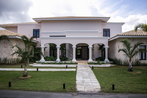 hermosa villa en cocotal golf & country club bávaro