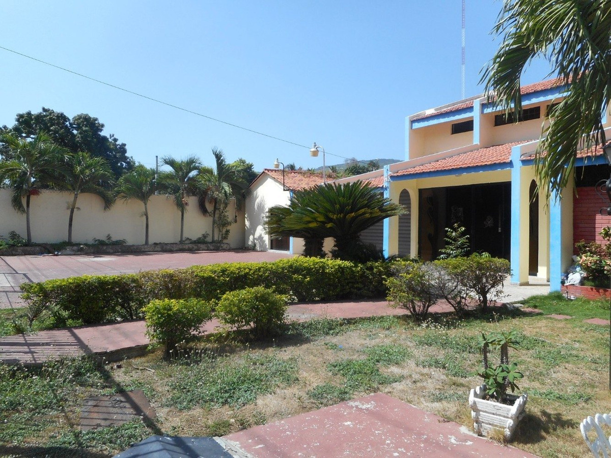 hermosa villa en el malecon de barahona - casa vacacional