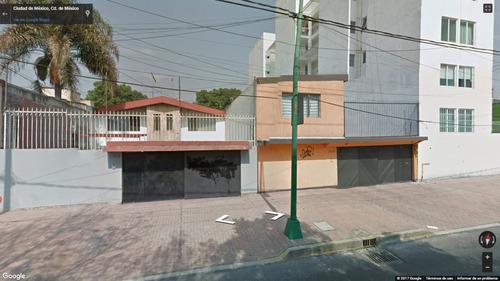 hermosa y amplia casa en remate, informes: 5585337335