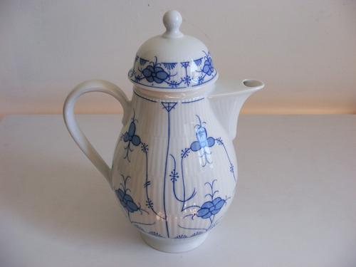 hermosa y fina tetera de porcelana kahla hecha en alemania