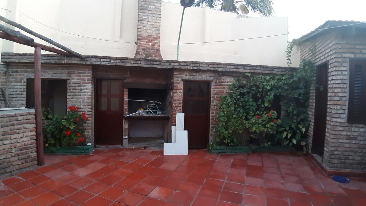 hermosa/disfrutable/2 dorm/patio/parrill/ a nva + apto.indep