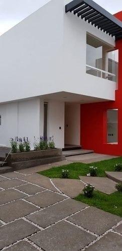 hermosas 4 casas en milenio iii, 3 recámaras, 2.5 baños, conjunto privado, lujo