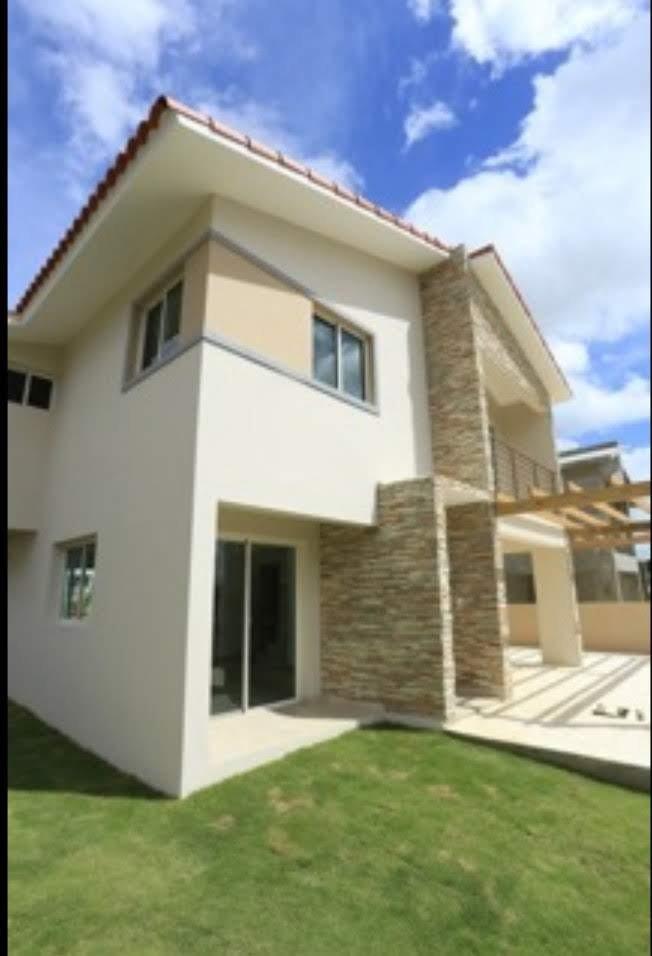 hermosas casas en ciudad modelo a.v jacobo majluta