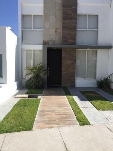 hermosas casas en venta juriquilla san isidro