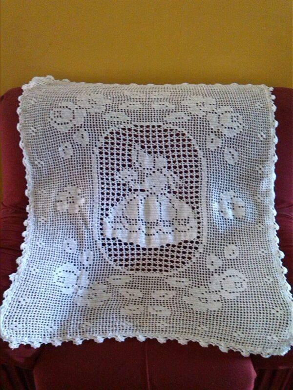 Hermosas mantas tejidas en crochet totalmente a mano for Mantas de lana hechas a mano