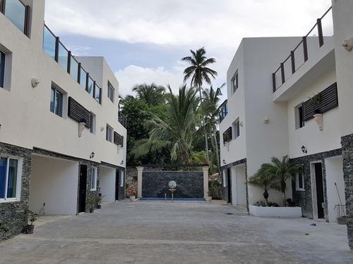 hermosas villas en 2da linea de mar 245 m2