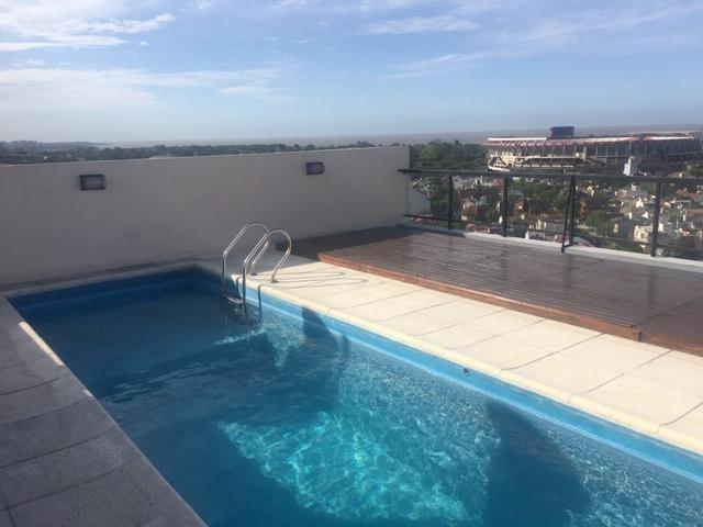 hermoso 2 amb suite vestidor balcón al fte cochera - vista al río av libertador