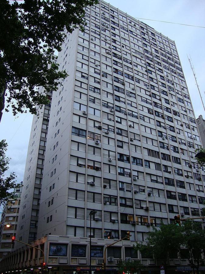 hermoso 3 amb - edificio torre galicia.  luminoso
