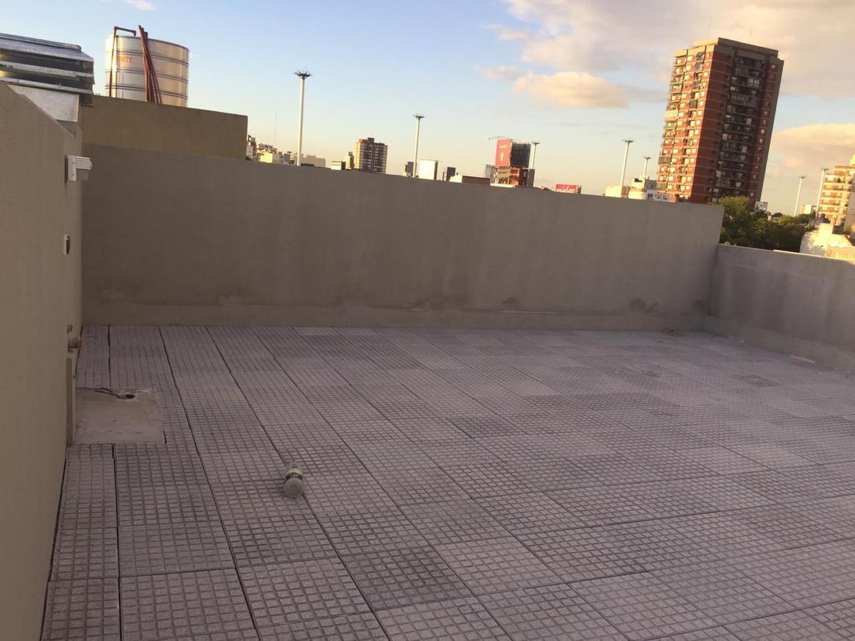hermoso 3 ambientes con terraza propia a estrenar!