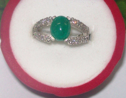 hermoso anillo en esmeralda tallada cabujón y 20 circones