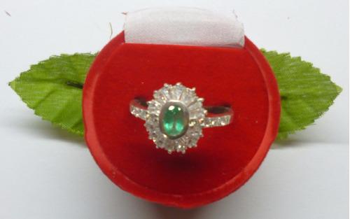 hermoso anillo esmeralda y circones en marquis  plata 9,50