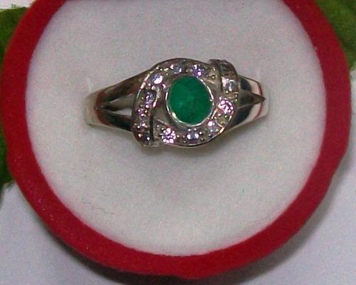 hermoso anillo esmeralda y doce circones plata ley 9,50