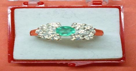 hermoso anillo moño esmeralda-circones, plata ley 9,50