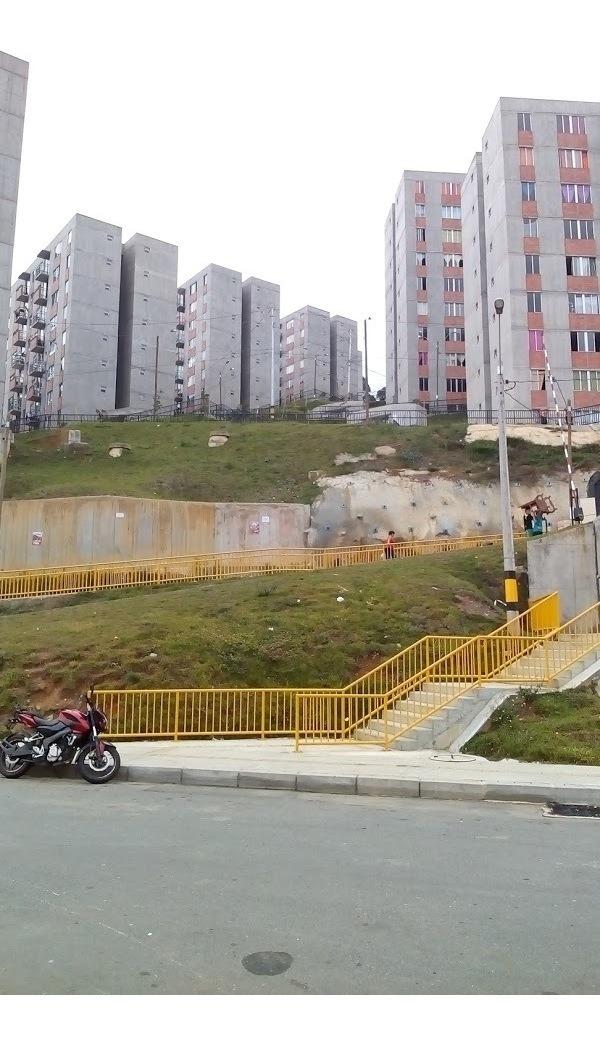 hermoso apartamento 48 m² urbanización la cascada medellin