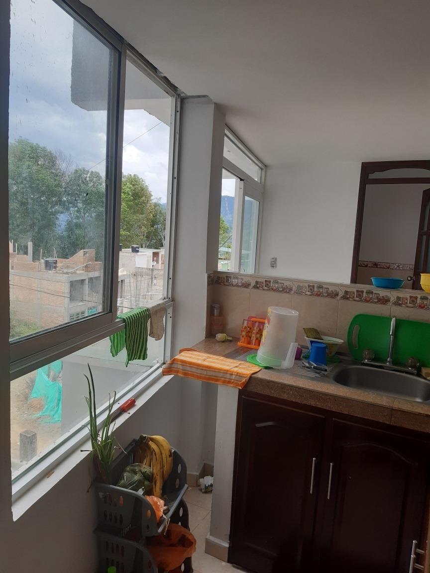 hermoso apartamento de dos pisos con facilidades de pago