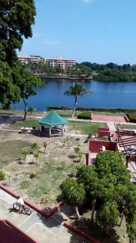 hermoso apartamento de playa en los canales de rio chico