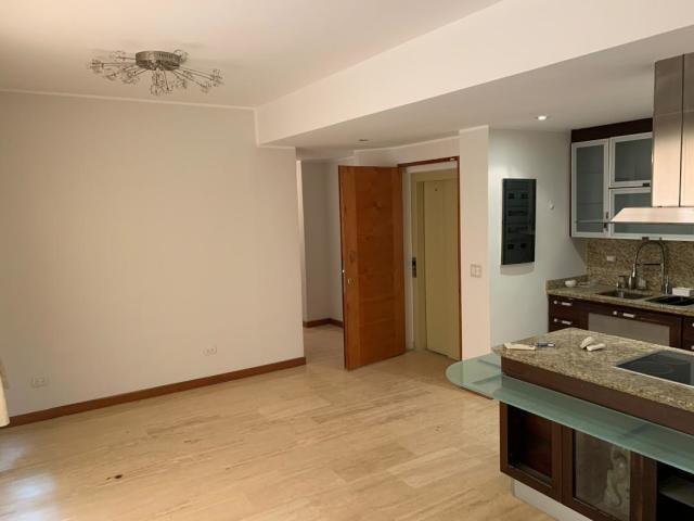hermoso apartamento en los naranjos de las merdeces
