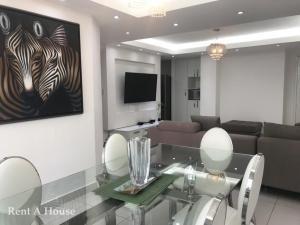 hermoso apartamento en venta en tee one san francisco panama
