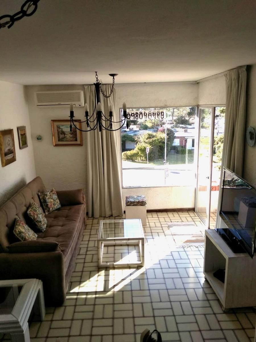 hermoso apartamento en zona tranquila de punta del este