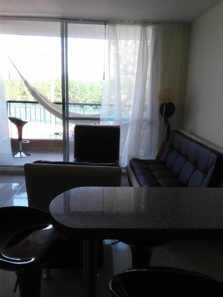 hermoso apartamento esquinero segundo piso