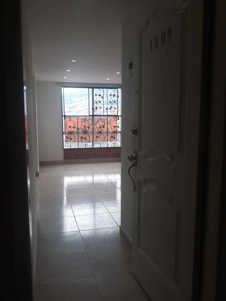 hermoso apartamento unidad cerrada
