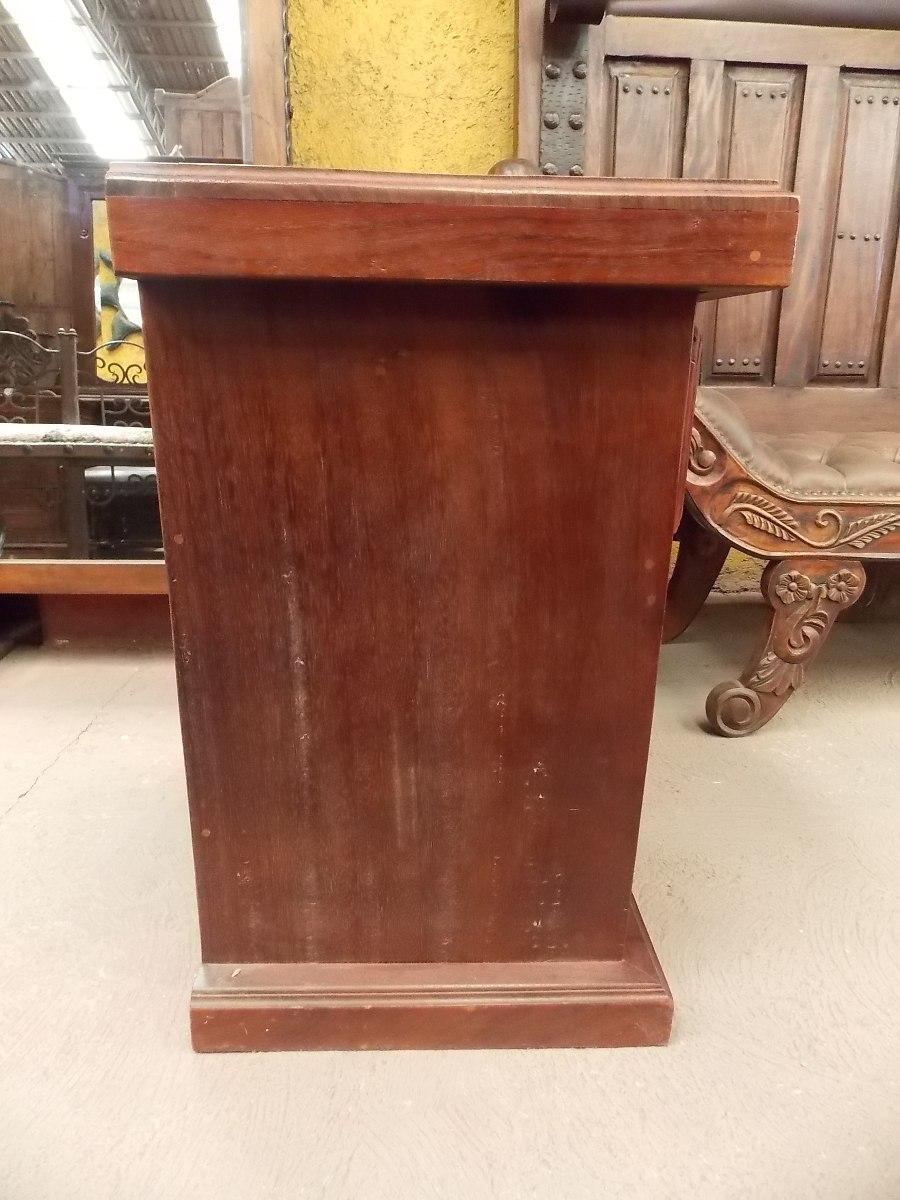 Hermoso buro de madera de parota estilo antiguo 5 499 for Puertas de madera estilo antiguo