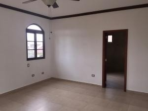 hermoso casa en venta en costa sur panama