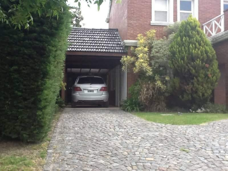 hermoso chalet de 4 amb., pileta, parquizado. barrio maschwitz privado. escobar