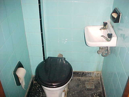 hermoso chalet en el palomar, 4 ambientes dos baños  venta inmediata!!! solo con personal de la firma f: 3315