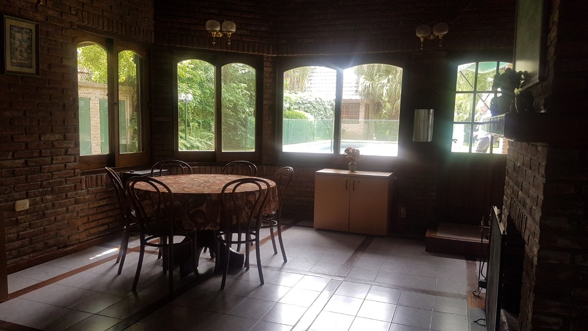 hermoso chalet ern country banco provincia