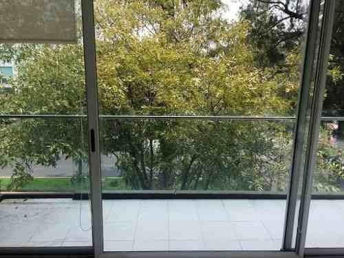hermoso con balcón amplio
