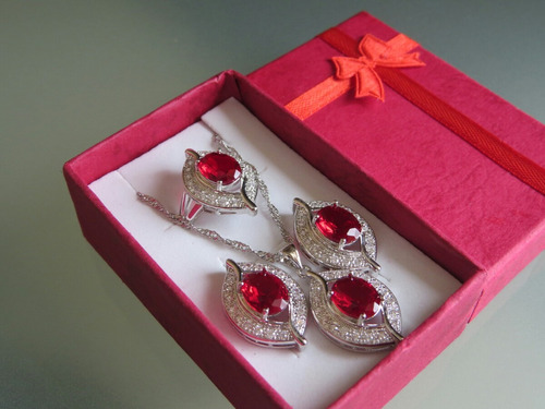 hermoso conjunto joyas de plata con granate