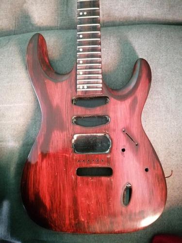 hermoso cuerpo de guitarra eléctrica hss.
