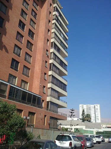 hermoso departamento 5° piso frente a la playa en iquique